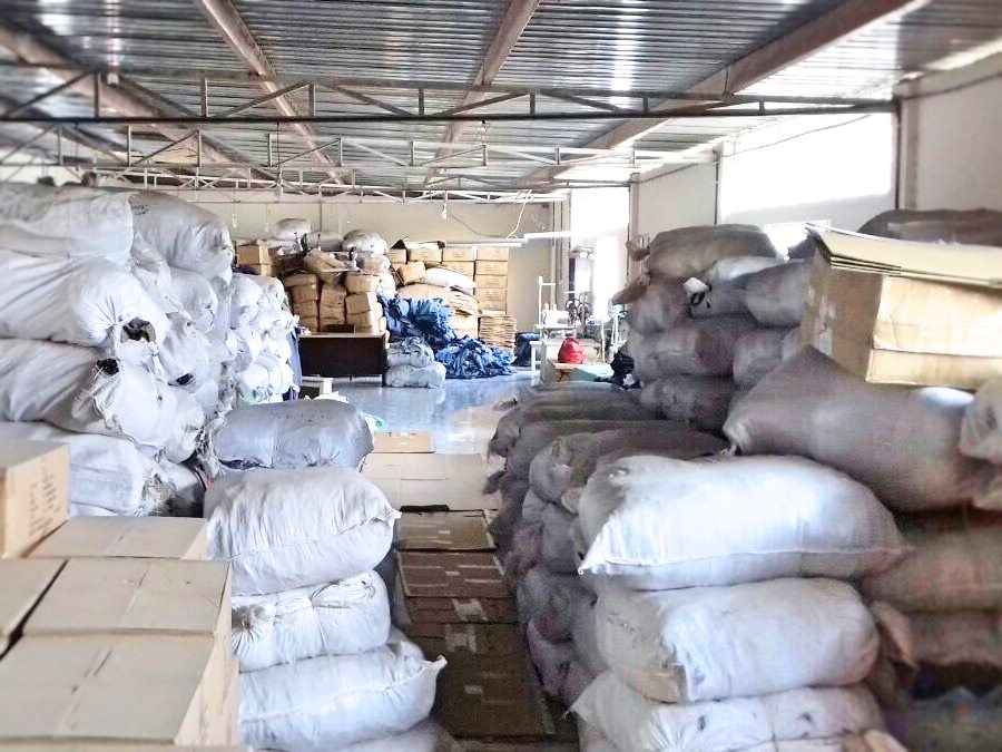 offpriced-stocklot-bangladesh-warehouse
