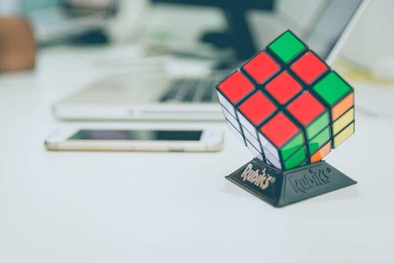 これからの時代を生き抜く3つの思考力の鍛え方 〜 プログラミング教育の必修化にむけて