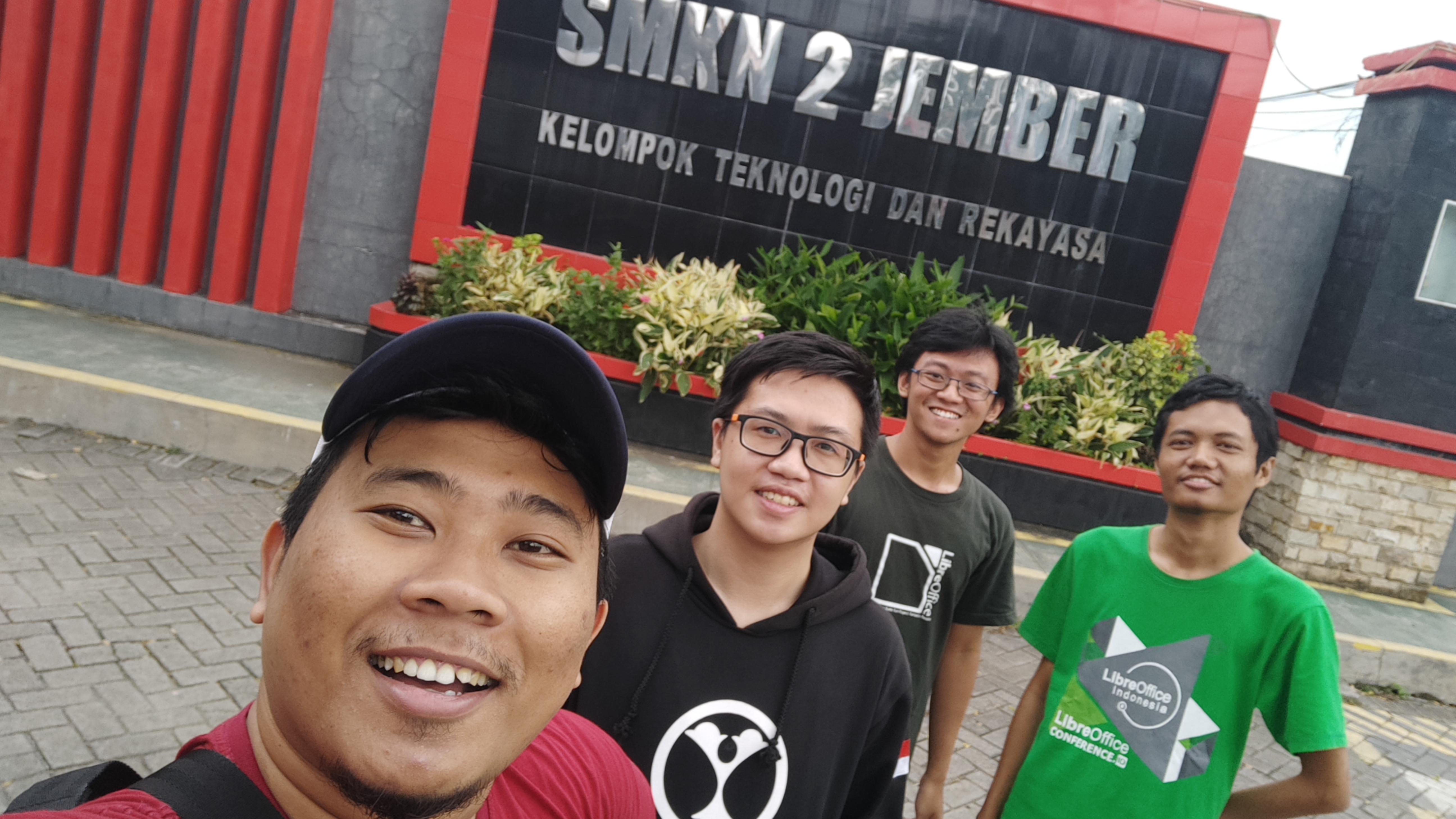 Swafoto di SMKN 2 Jember