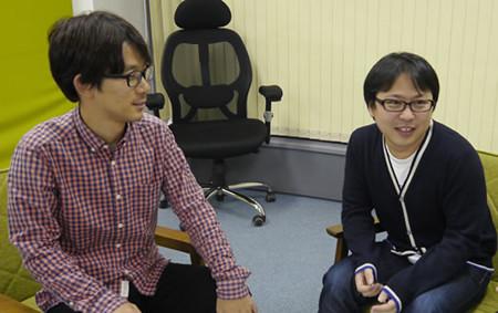 プログラマの松村さんとデザイナーの町田さんが話している